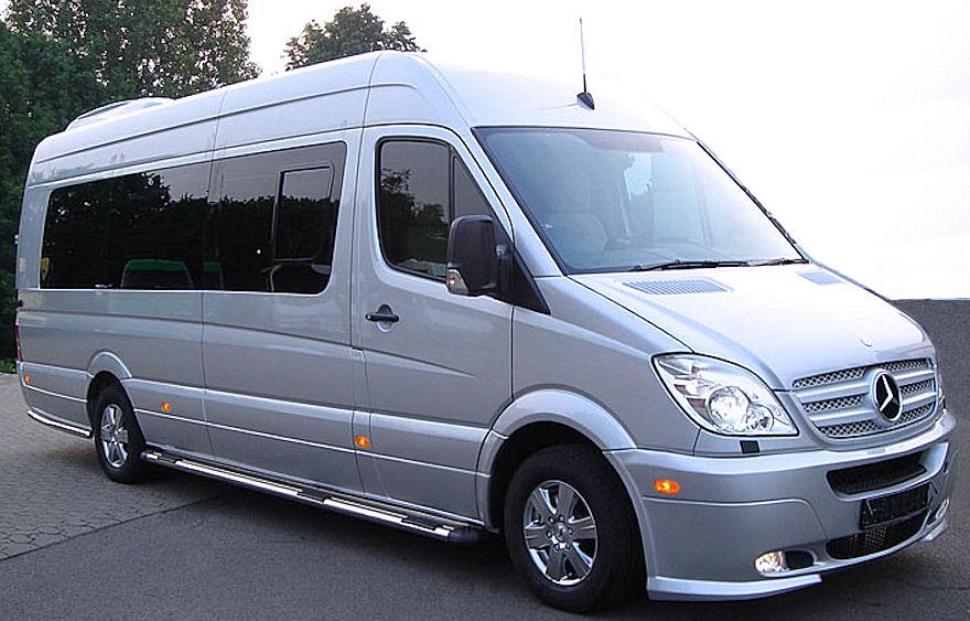 Преимущества аренды микроавтобуса для путешествий